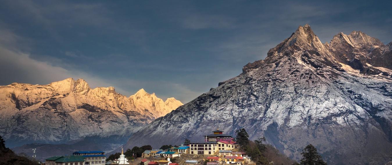 tyangboche-monastery-everest-trekking
