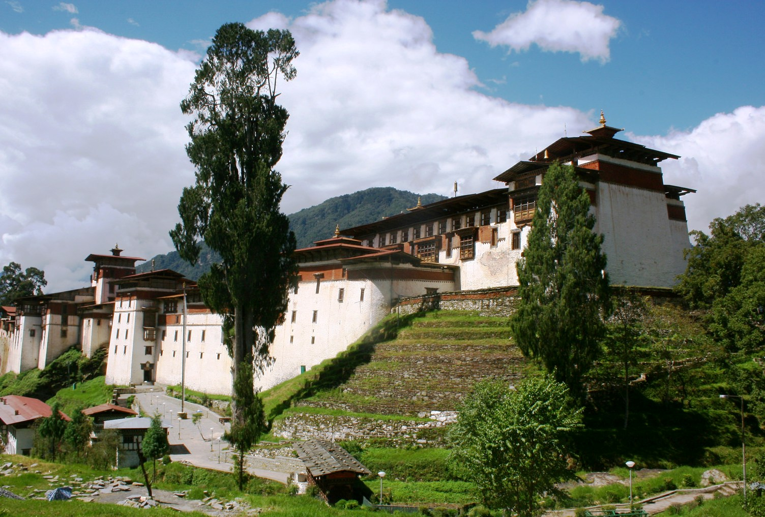 Bhutan Travel 8 days : Paro Thimphu Trongsa Tour