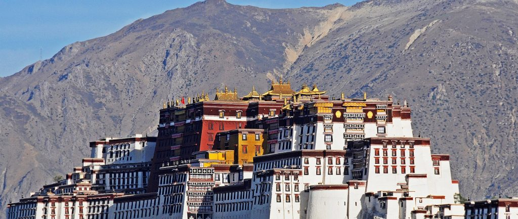 nepal-tibet-travel-potala-palace